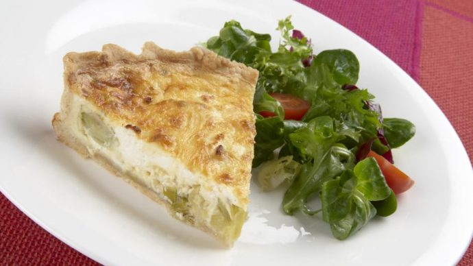 Quiche chicons, camembert