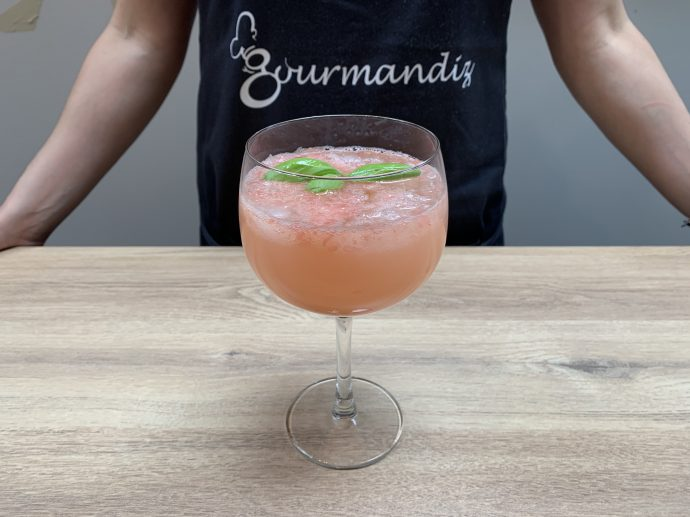 Recette de cocktail tonic pamplemousse rose basilic
